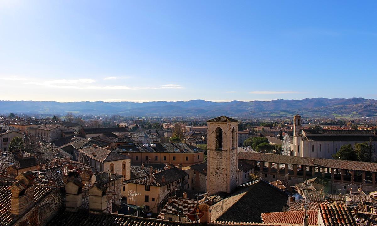 Copertina: Cosa vedere a Gubbio, borgo medievale in Umbria