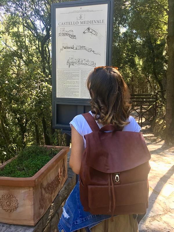 Tabellone informativo all'ingresso del Castello Arechi di Salerno