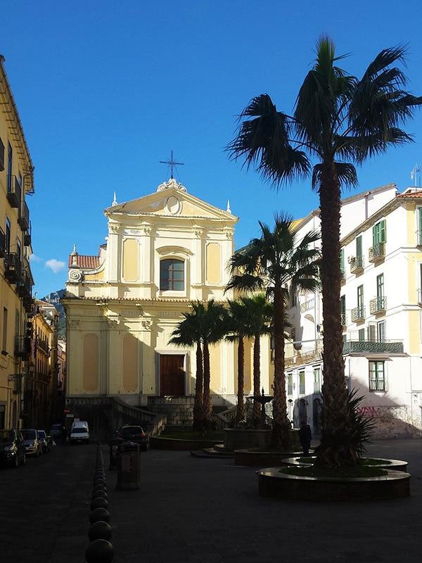 Facciata del Complesso monumentale di Santa Sofia nel cuore del centro storico di Salerno