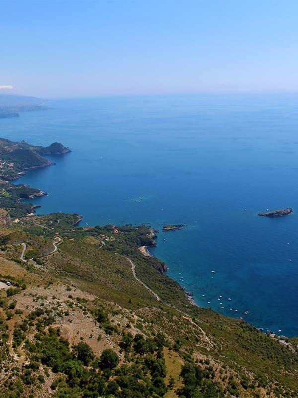 I magnifici litorali della costa di Maratea, la Perla del Tirreno, in Basilicata.