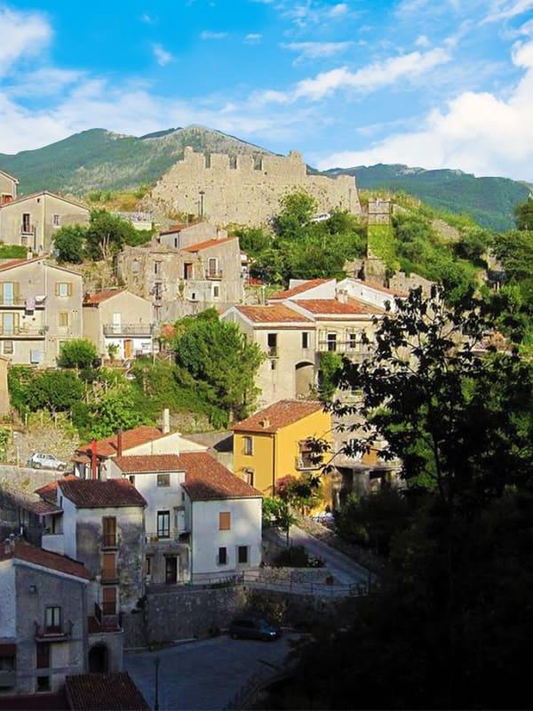 Trecchina, il borgo a pochi chilometri da Maratea in Basilicata.